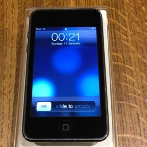 apple ipod touch second generation front