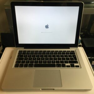 macbook pro 13 inch very good condition