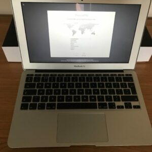 macbook air 11 inch i5 front