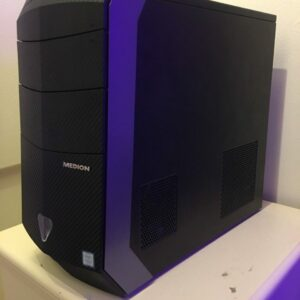 medion erazer p4408d gaming pc side